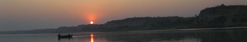 Sunrise on the Irrawaddy river in front of Bagan