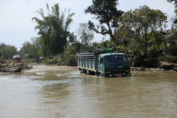 camion route indawgyi lake