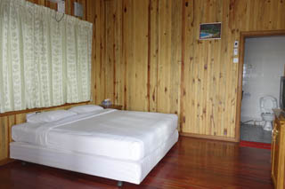 deluxe double loikaw hotel